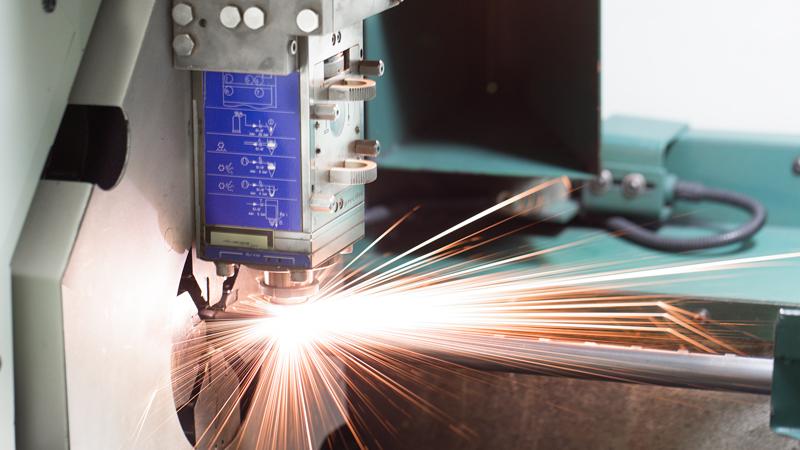 Laser cutting of tubes